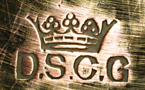 logo DSCG avec couronne