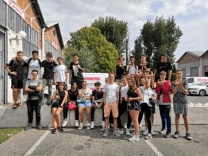 Groupe d'élève en tenue de sport