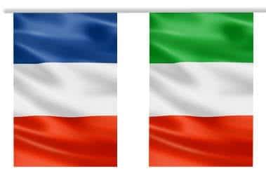 Photo des drapeaux Italien et Français