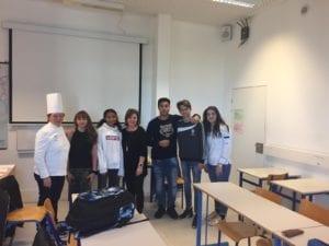Des élèves de Charles Péguy et un Chef de cuisine